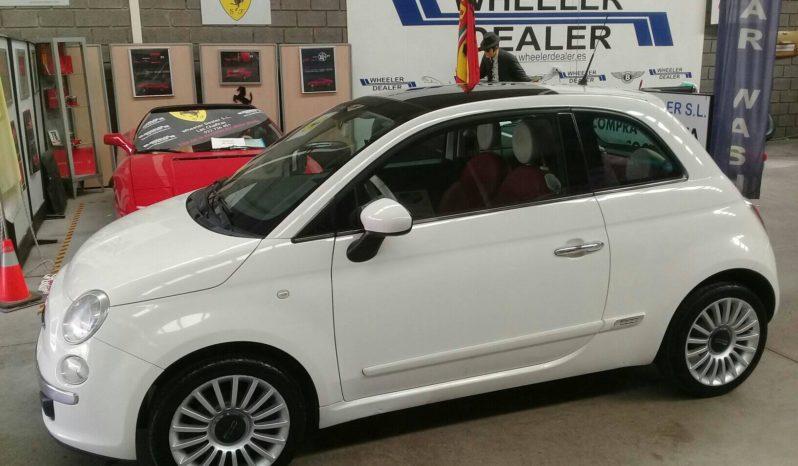 Fiat 500, año 2010, 150.000km, música, aire acondicionado, techo panorámico, interior de cuero completo, pidiendo 4;495e.