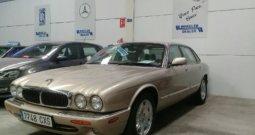 Jaguar XJ8 3.2L